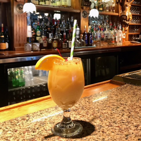 "Pusser's was one of the places that listened to the ""Sip, Don't Suck"" campaign by Annapolis Green--it replaced its plastic straws with paper and offered them only upon request."