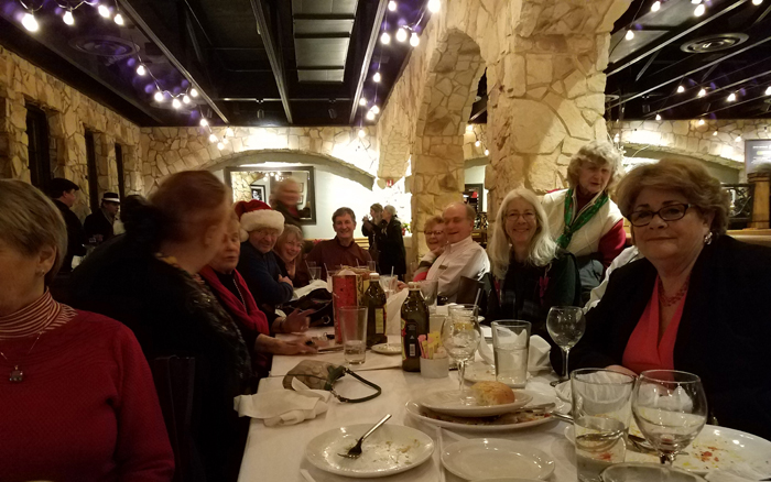 Club Crabtowne members recently celebrated the holidays at Macaroni Grill in Annapolis.