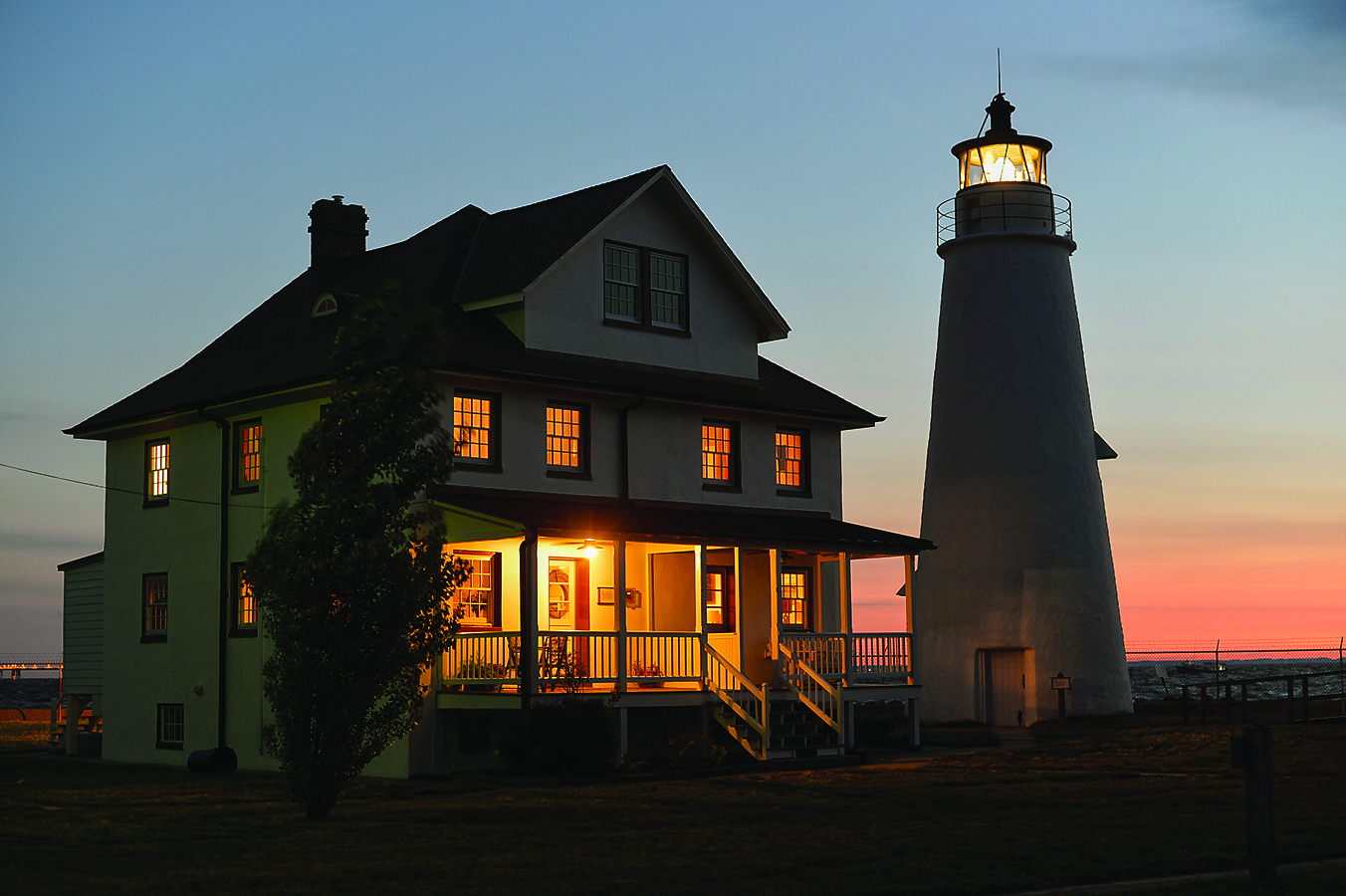 Chesapeake Classic Cove Point Lighthouse Spinsheet
