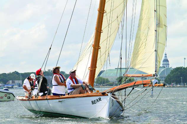 Public sails on the Sandbagger Bear out of NSHOF.