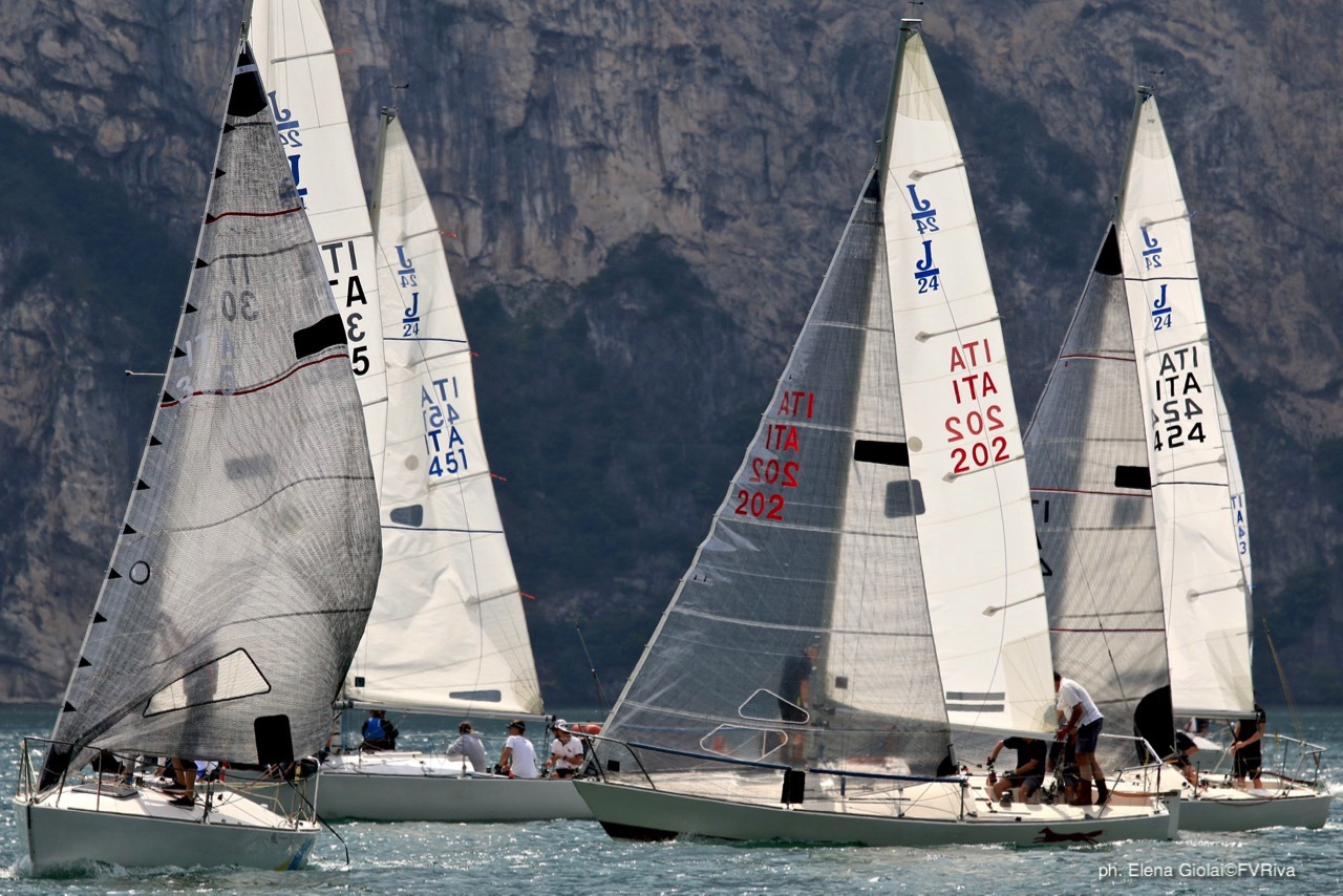 J/24s on Lake Garda. Photo by Elena Giolai@FVRiva
