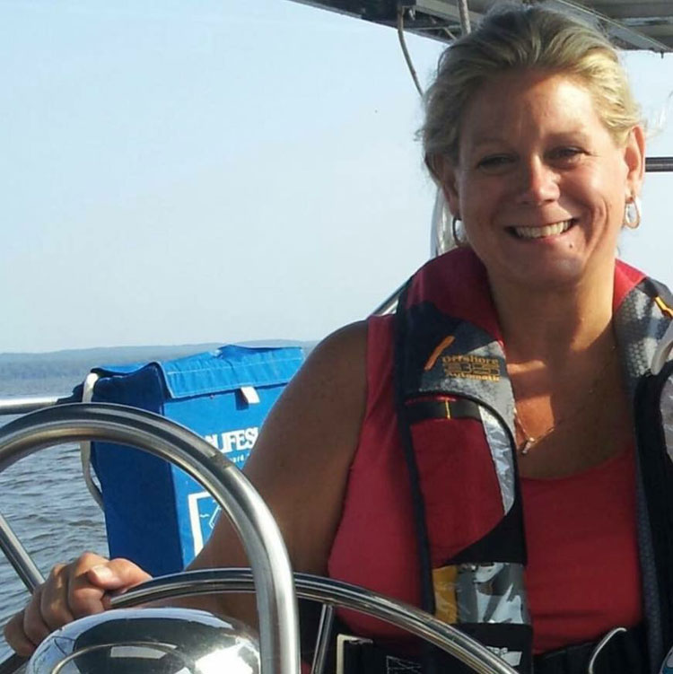 Lora has enjoyed chartering on the Bay and beyond and is an active member of Singles on Sailboats.