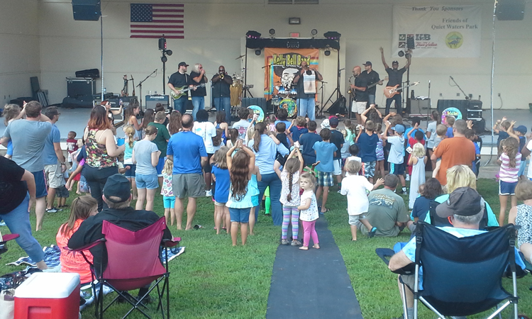 Cub Crabtowne members recently enjoyed a concert at Quiet Waters Park