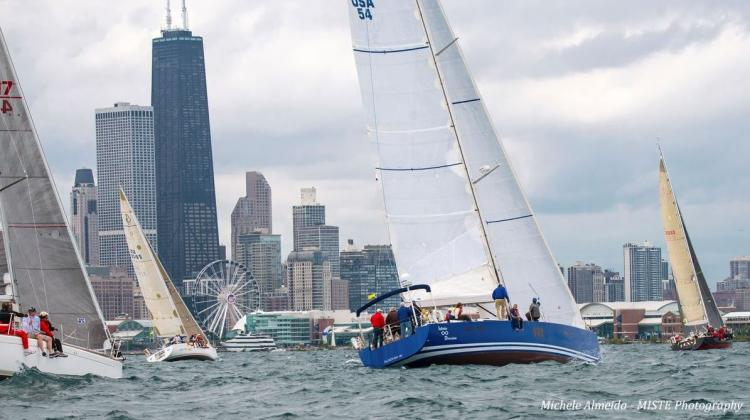 Chicago Mackinac Race Start. Photo by Michele Almeida via Twitter #CYCRTM