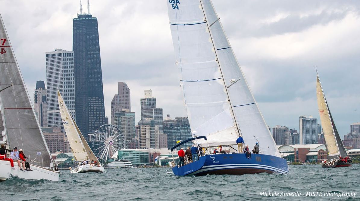 Start of the Chicago Mackinac Race. Photo by Michele Almeida/ MISTE Photography via Twitter #CYCRTM