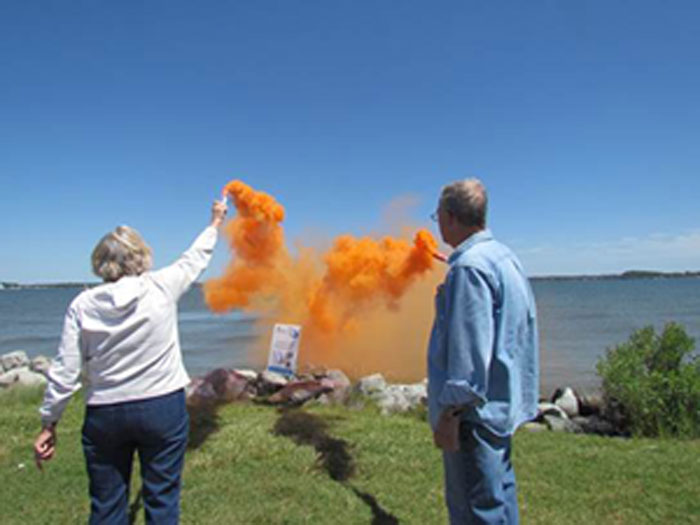 Expired flares can be disposed of by legally igniting them, but improper disposal can cause pollution.