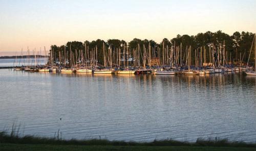 Regent Point Marina & Boatyard