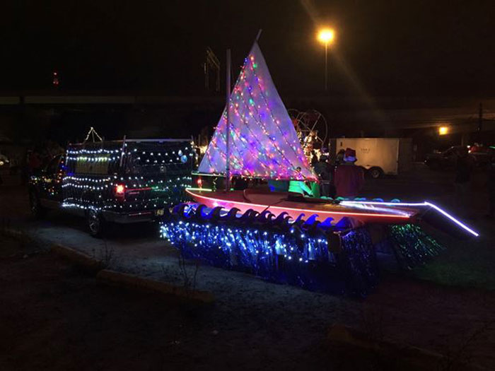 Four thousand colorful lights lit up the Sunfish float.